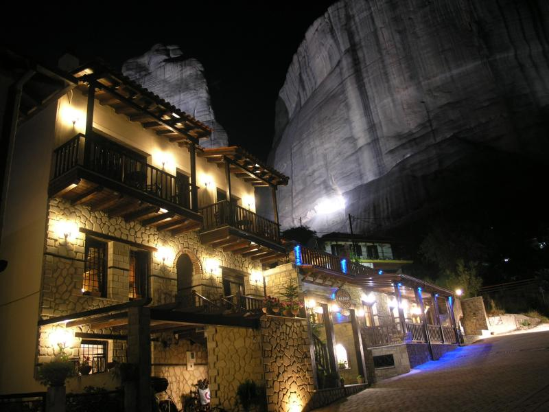 Meteora Night View - Alsos House    Family Apartment - Meteora - Trikala - rentals