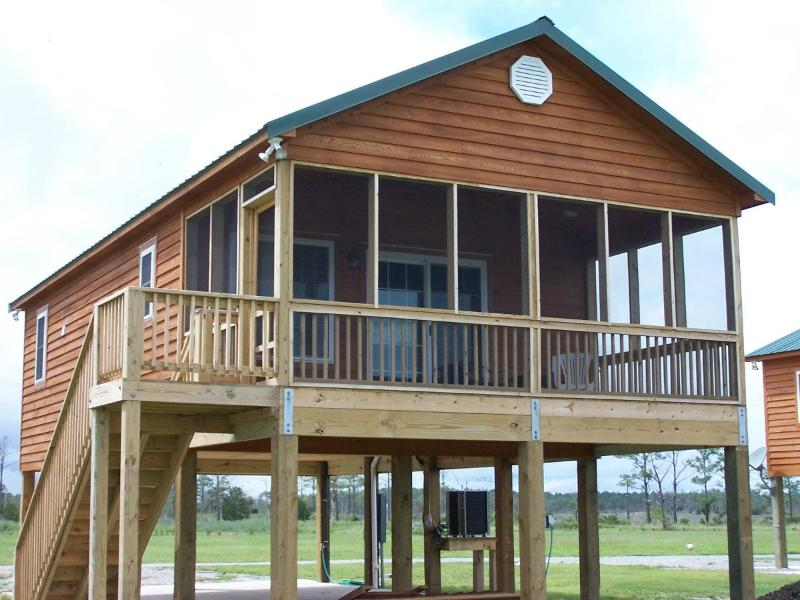 lodge facing waterfront - Soundfront in Engelhard N.C. near outer banks - Engelhard - rentals