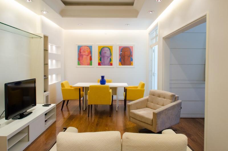 W98 - 1 Bedroom Apartment in Arpoador - Image 1 - Ipanema - rentals