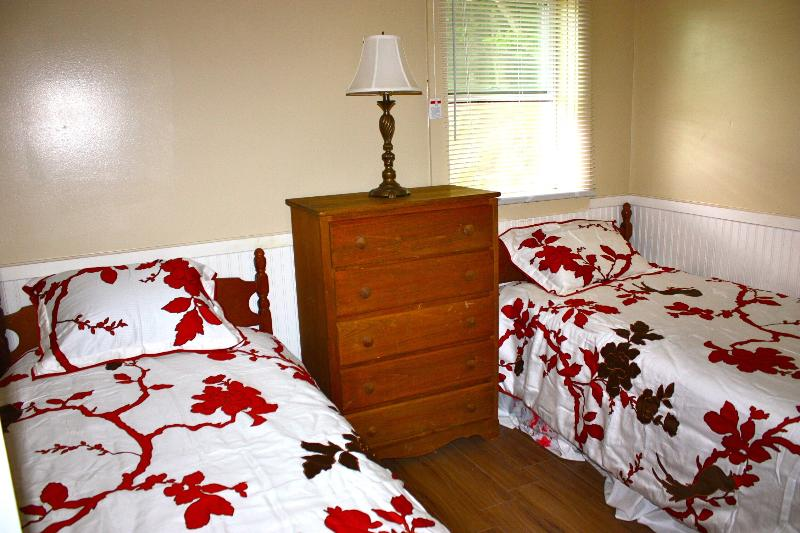 Twin bed bedroom - White mountains , loon, Waterville valley, Francon - Thornton - rentals