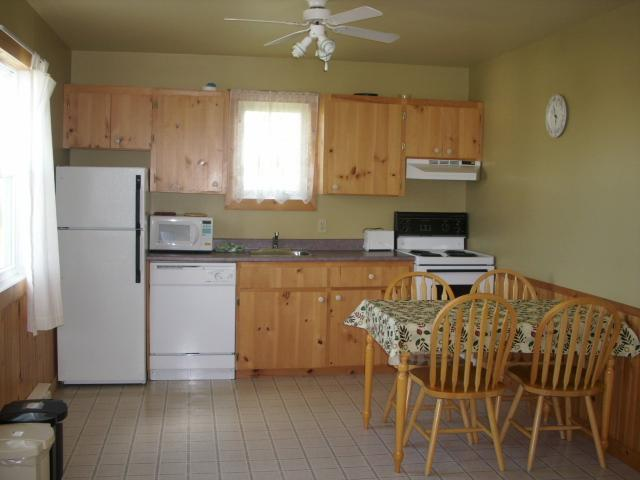Cavendish PEI Area  - 2 Bedroom Deluxe Cottage (3) - Image 1 - Cavendish - rentals