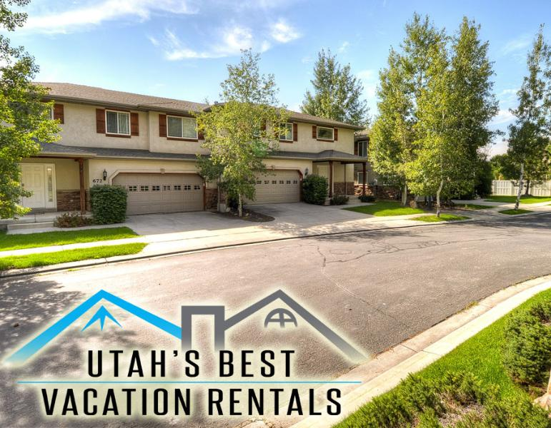 Sleep 35 in private tri-plex of 3 homes next door to each other in beautiful park-side community - Sleep 35! 3 Private Parkside Homes Together - Salt Lake City - rentals