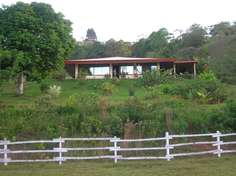 Lovely home on farm near Turrialba - Image 1 - Turrialba - rentals
