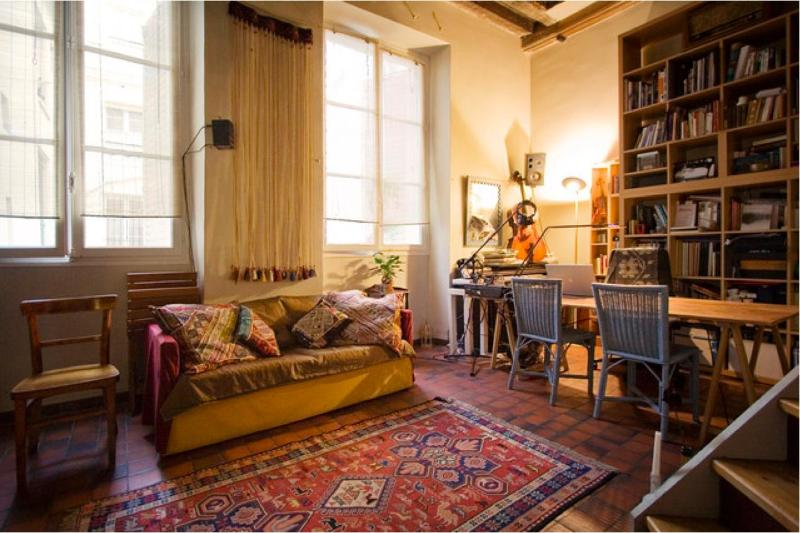 Vacation Rental for a Real Parisian Experience in Marais - Image 1 - Paris - rentals