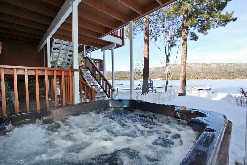 Relax and enjoy the spectacular views. - Lakefront Manor - Luxurious! Boat Dock! Spa! Pool! - City of Big Bear Lake - rentals