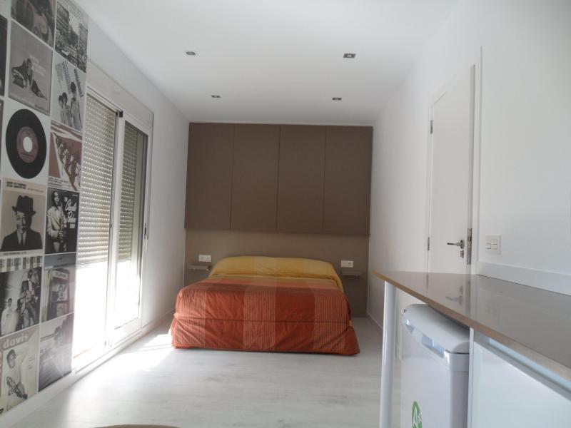 Apartamento Dunovas ideal para 2 - Image 1 - Valencia - rentals