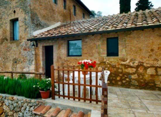 Farm apartment Le Querce, in Siena countryside - Image 1 - Siena - rentals