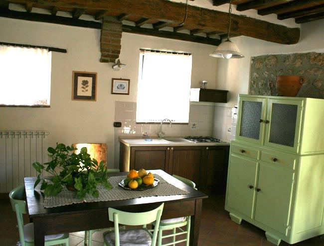 Farm apartment Gli Olivi, in Siena countryside - Image 1 - Siena - rentals