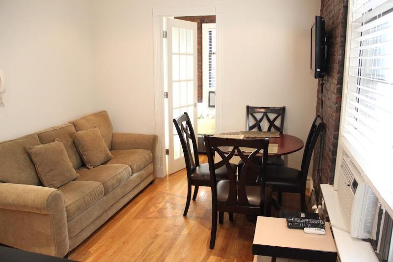 LIVING ROOM - 2BR Tompkins Park East - New York City - rentals