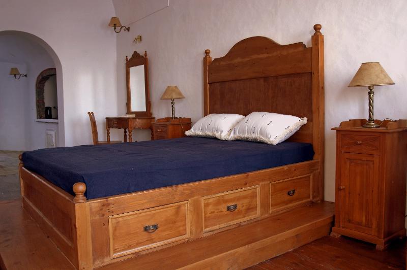 Venetian House - Venetian Style House (Captain House) - Oia - rentals