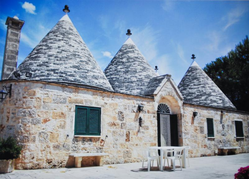 Beautiful complex of Trulli in Valle d'Itria - Image 1 - Martina Franca - rentals