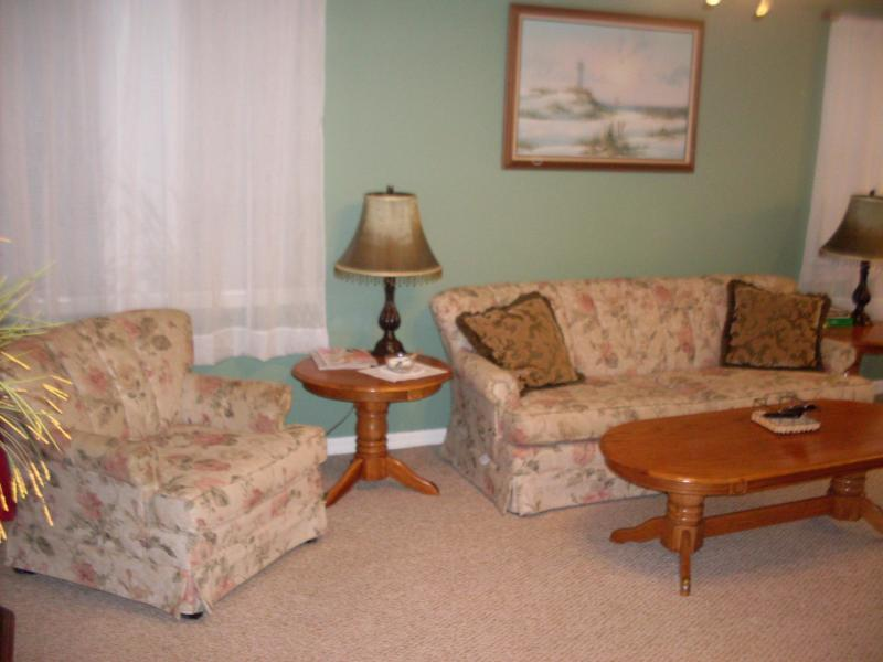 Vacation Condo at Venetian Palms 1607 - Image 1 - Fort Myers - rentals