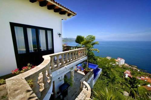 PVR - JUNGLE5  dramatic and spectacular ocean views - Image 1 - Puerto Vallarta - rentals
