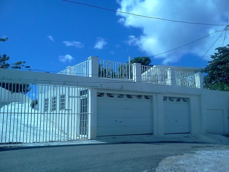 Main entrance - Speciality Lodging in Playa Hucares Puerto Rico - Naguabo - rentals