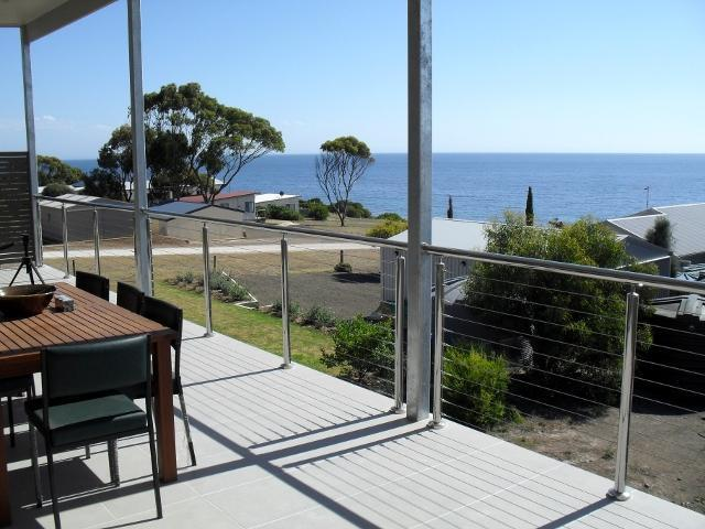 View Emu Bay Holiday Accommodation on Kangaroo Island - Image 1 - South Australia - rentals