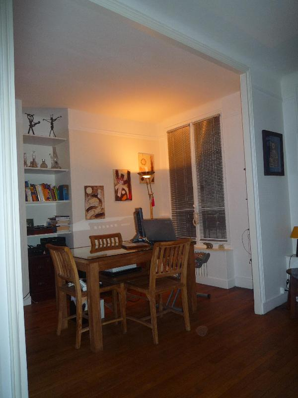 Free landline to USA and Canada - Central Paris Vacation Rental Near the Eiffel Tower - Paris - rentals