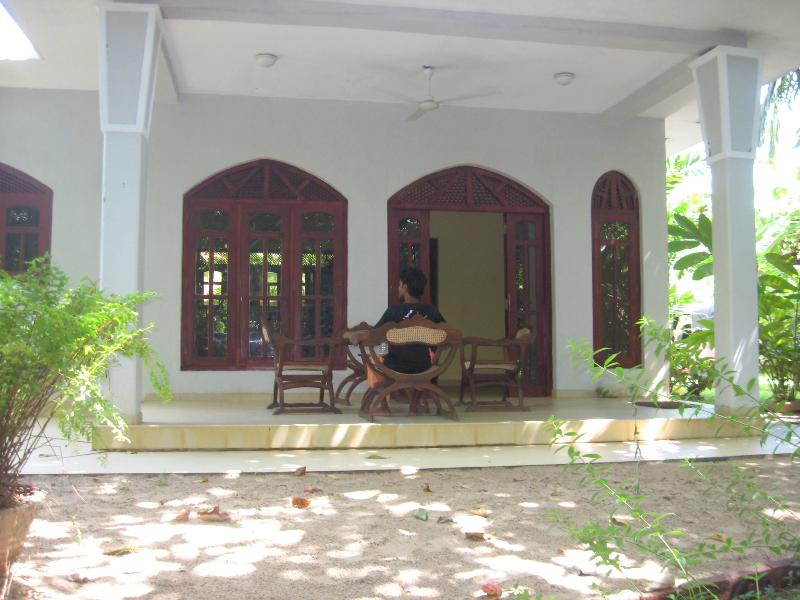 Front view of the House - Ideal for your Relaxing Beach Holiday in Sri lanka - Beruwala - rentals