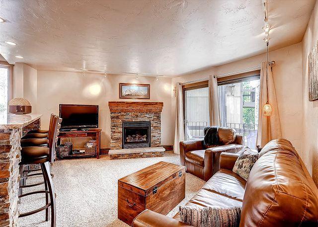 Gold Camp Living Area Breckenridge Lodging - Gold Camp I125 Condo Breckenridge Colorado Vacation Rental - Breckenridge - rentals