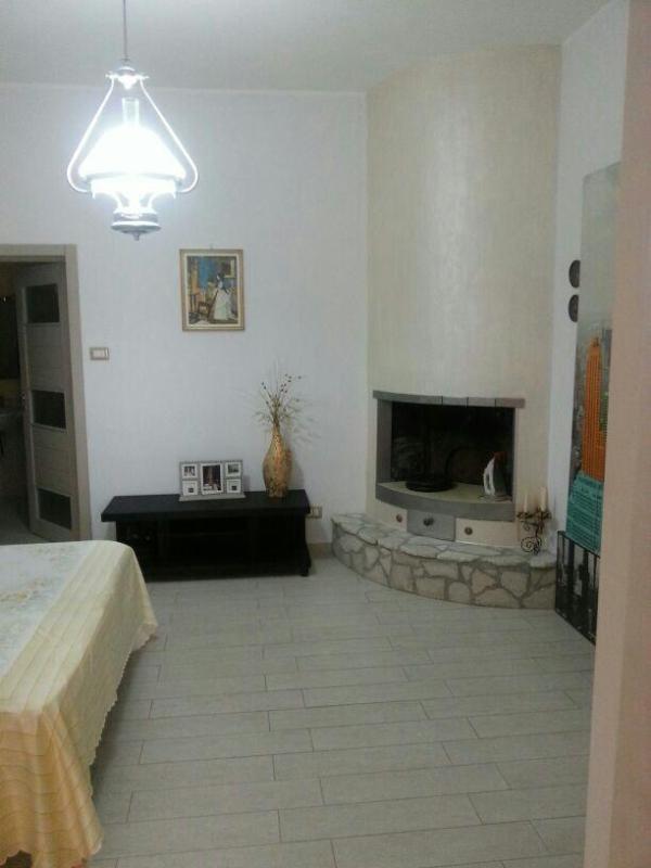 camera da letto con bagno e camino - sea sun and fun - Matino - rentals