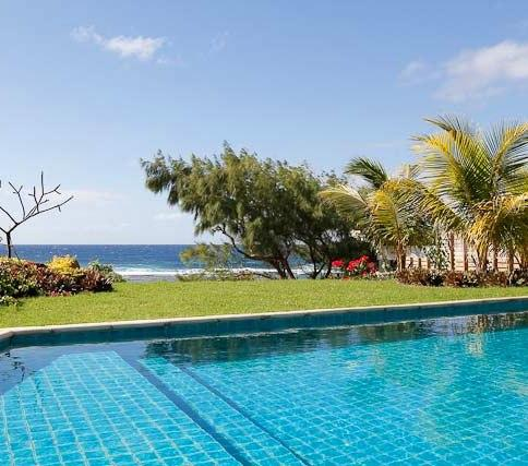 view from terrace on pool and sea - Peter'Beach house with private pool - Poste Lafayette - rentals