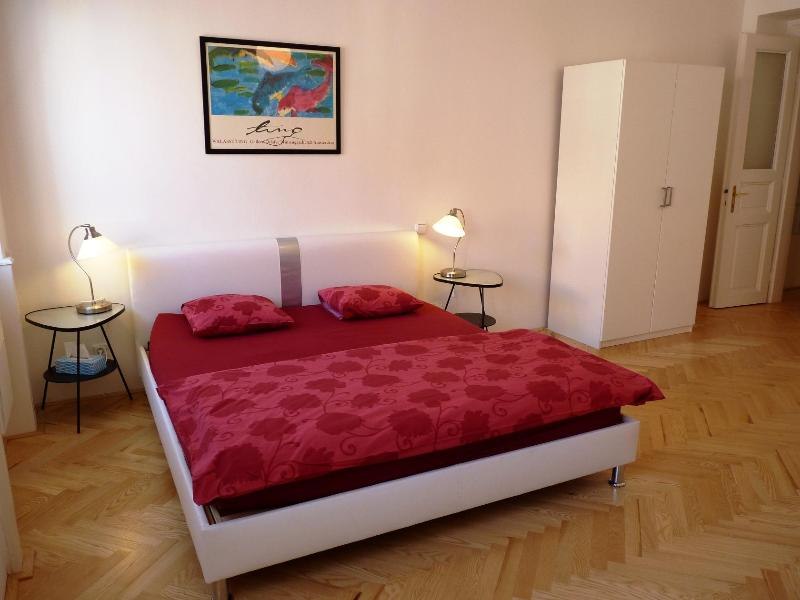 Studio Manes - Image 1 - Prague - rentals