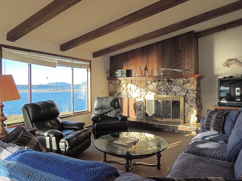 #10 Fisherman Bay - On Fish Bay Inlet Channel View - Image 1 - Lopez Island - rentals