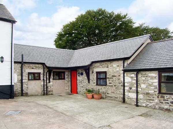 STABLES COTTAGE beautiful countryside, all ground floor, pet-friendly in Llarwst Ref 18548 - Image 1 - Llanrwst - rentals