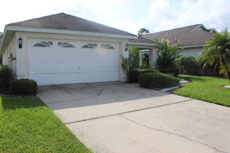 3 Bedroom with a pool. - 3 Bedroom  Creekside Villa with pool . - Kissimmee - rentals