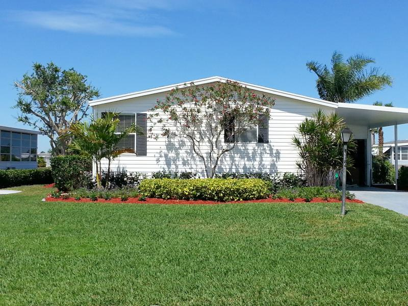 Front of Home by Road - Savanna Club Vacation Rental Port Saint Lucie FL - Port Saint Lucie - rentals