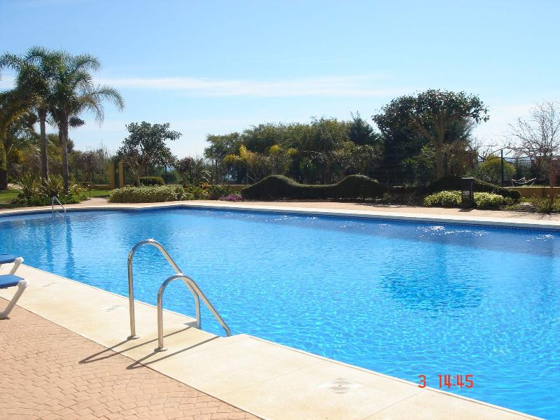 swimming pool - Fabulous Apartment Sea front line Marbella - Marbella - rentals