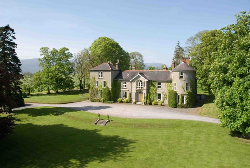 Bansha Castle, Irish Castle Rental Property - Bansha Castle, County Tipperary, Ireland - Bansha - rentals