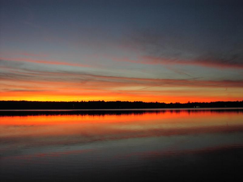 Sunset on Lake - Lake House with Large Beach - Sharon - rentals