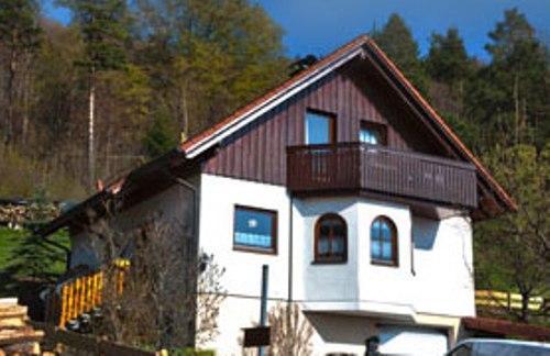 Vacation Apartment in Messstetten-Tieringen - 700 sqft, quiet, nice views, central (# 4138) #4138 - Vacation Apartment in Messstetten-Tieringen - 700 sqft, quiet, nice views, central (# 4138) - Donaueschingen - rentals