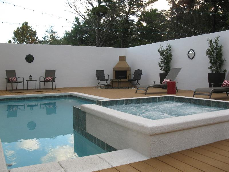 Resort-style pool and spa with outdoor fireplace - Top 10 Reasons... (Like Private Heated Pool/Spa) - Santa Rosa Beach - rentals