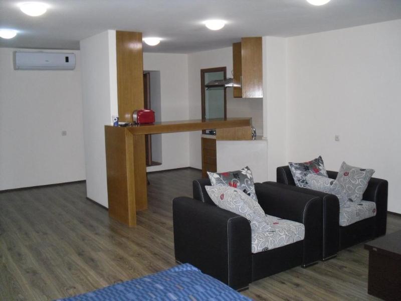 Apartment on Rustaveli Ave, Very center of Tbilisi - Image 1 - Tbilisi - rentals