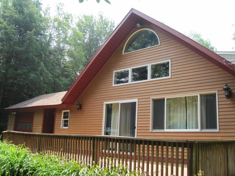 Front view of Chalet - Price reduced!!! Booking now for entire Ski Season!! - Londonderry - rentals
