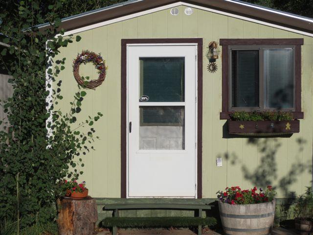 Studio entrance - Lovely Budget-Wise Studio for Adults - Dolores - rentals