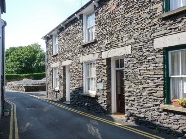 PARTRIDGE HOLME, cottage close to Lake Windermere, parking permit provided, ideal touring base, Bowness Ref 6026 - Image 1 - Bowness-on-Windermere - rentals