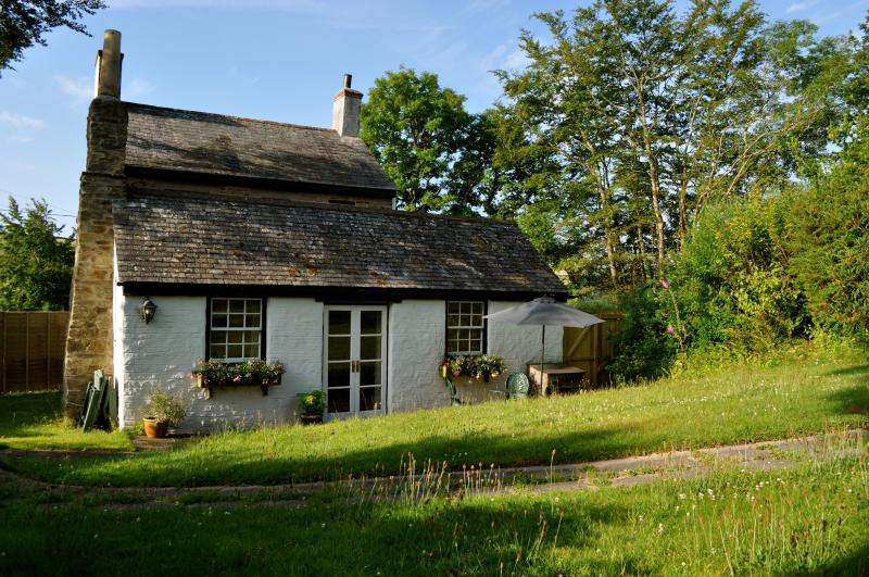 Wecome to Trevenna at Hilll House! Peaceful, secluded location in breathtaking Cornish countryside. - Trevenna Cottage at Hill House - Duloe - rentals