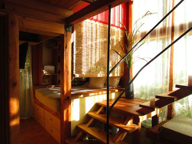 The second bedroom and stairs leading to the master bedroom - KUBLA KHAN - Chirripó Mountain and River Paradise - Chirripo National Park - rentals