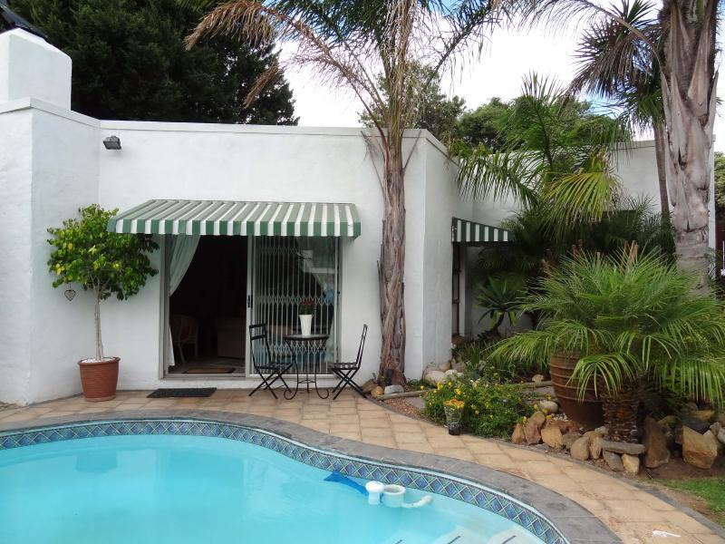 Garden Cottage - Steppingstones Garden Cottage - Fully equipped - Durbanville - rentals