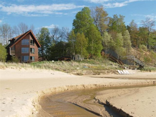 Exquisite Home on the Shores of Lake Michigan - Image 1 - Manistee - rentals