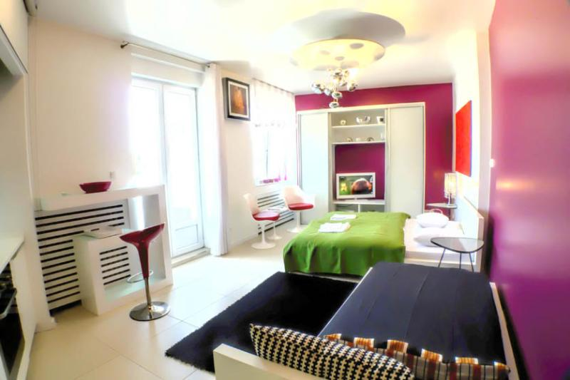 Penthouse city center Main Square studio Apartment - Image 1 - Zagreb - rentals