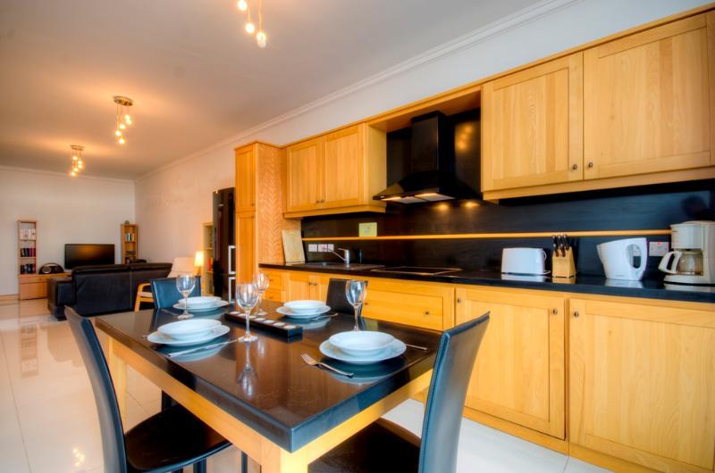 038 Stunning Views Sliema 2-bedroom Penthouse - Image 1 - Sliema - rentals