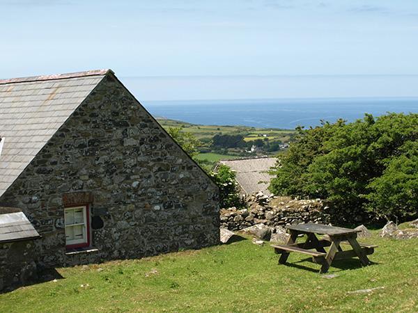 Pen y Mynydd - Image 1 - Pembrokeshire - rentals