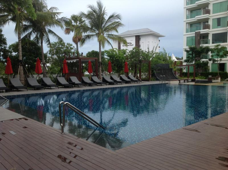 Swimming pool - Luxury 1 Bedroom Pool Condo - Nong Na Kham - rentals