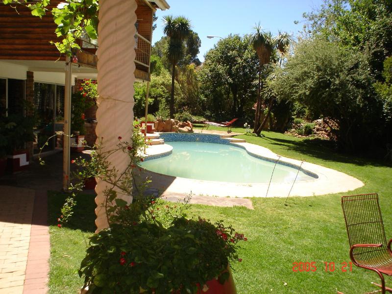 Garden area - SONDELA B&B - Aliwal North - rentals
