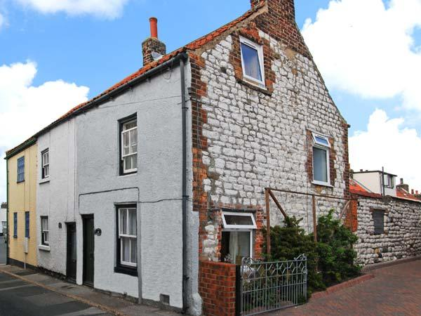 DUCK COTTAGE, traditional, stone cottage, character features, open fire, one mile from beach, in Flamborough, Ref. 12291 - Image 1 - Flamborough - rentals