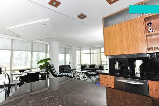 SPECTACULAR LUXURY CONDO - Image 1 - Toronto - rentals