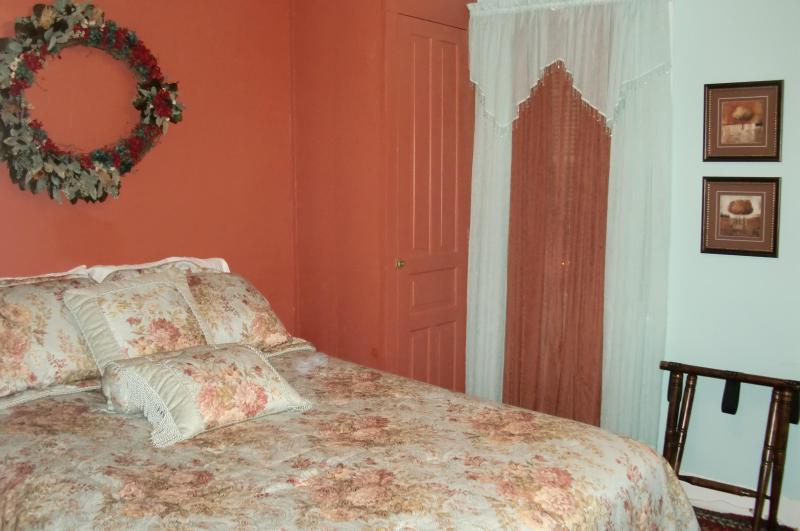 Master Bedroom with special mattress topper - Home Away From Home in Jim Thorpe, PA - Jim Thorpe - rentals